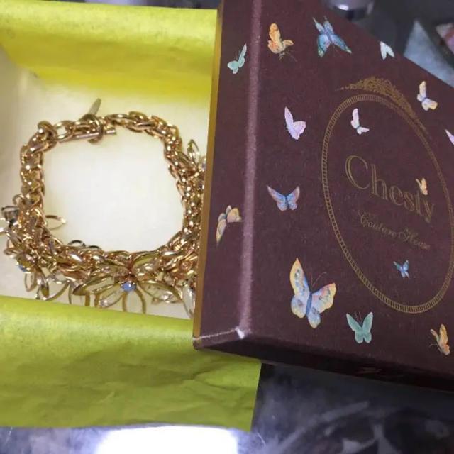 Chesty(チェスティ)のchesty ブレスレッド 花 クリア  レディースのアクセサリー(ブレスレット/バングル)の商品写真