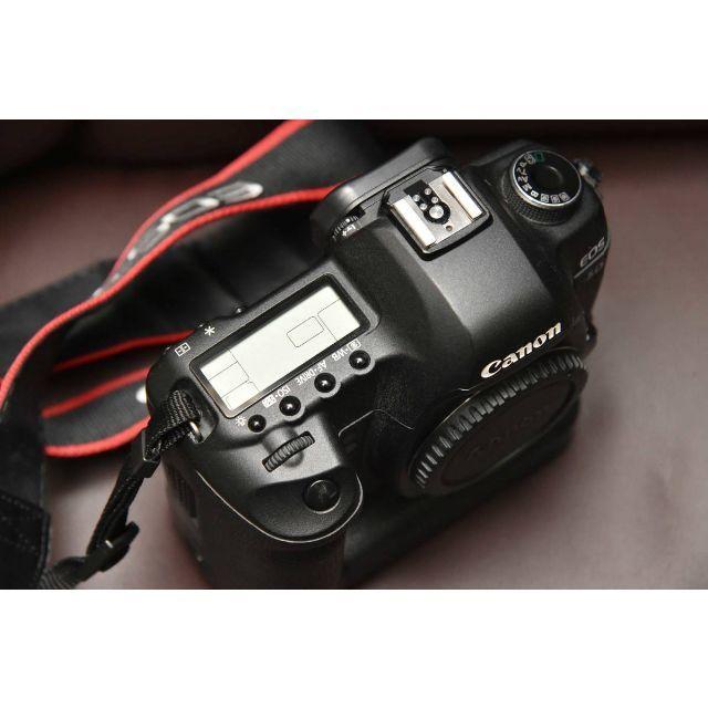 Canon(キヤノン)のキヤノン「EOS 5D Mark II」+「BG-E6」 良品  15,357枚 スマホ/家電/カメラのカメラ(デジタル一眼)の商品写真