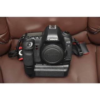 キヤノン(Canon)のキヤノン「EOS 5D Mark II」+「BG-E6」 良品  15,357枚(デジタル一眼)