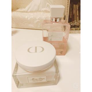 ディオール(Dior)の【残量9割 Miss Dior ボディクリーム】ボディソープ 【セット】(ボディクリーム)