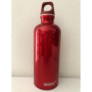 シグ(SIGG)のSIGG社製(シグ)一体成形アルミボトル/水筒(登山用品)