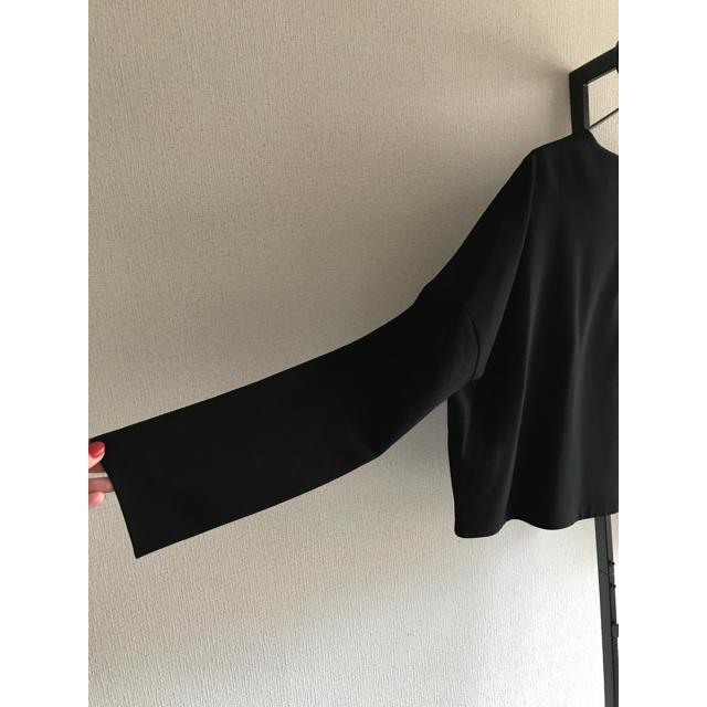 ENFOLD(エンフォルド)のENFOLD ダブルクロス黒トップス レディースのトップス(カットソー(長袖/七分))の商品写真