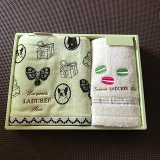 ラデュレ(LADUREE)のあずき様専用  LADUREEタオルセット(タオル/バス用品)