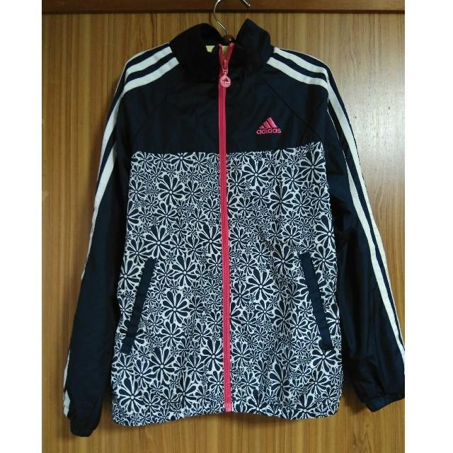 adidas(アディダス)の専用です。adidas 130 女児薄手ウィンドブレーカー キッズ/ベビー/マタニティのキッズ服 女の子用(90cm~)(ジャケット/上着)の商品写真