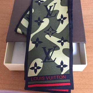 ルイヴィトン(LOUIS VUITTON)のルイ ヴィトン 新品 村上隆スカーフ迷彩シルク LVモノグラモ フラージュ送無(バンダナ/スカーフ)
