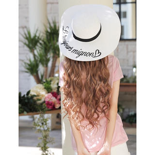 エミリアウィズ(EmiriaWiz)のEmiriaWiz♡刺繍ストローハット(麦わら帽子/ストローハット)