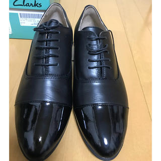 クラークス(Clarks)の【新品未使用】Clarks クラークス レースアップシューズ 25cm(ローファー/革靴)