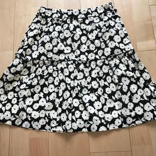 マーブルインク(marble ink)の花柄 スカート(ひざ丈スカート)