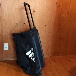 アディダス(adidas)のコマ付き adidas  カバン (トラベルバッグ/スーツケース)