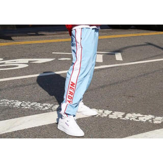 シュプリーム(Supreme)のnerdy Line Windbreak Track Pants(ジャージ)