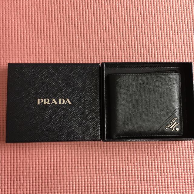 outlet store e659a 09328 【PRADA】財布 二つ折り 黒 メンズ | フリマアプリ ラクマ