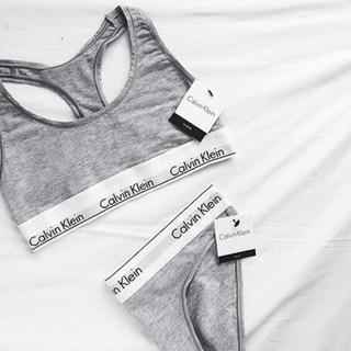 カルバンクライン(Calvin Klein)のCalvin Klein カルバンクライン アンダーウェア 下着 グレー 新品(ブラ&ショーツセット)