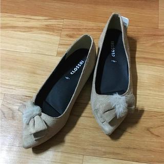 シマムラ(しまむら)の新品 しまむら リボン ファー 立体インソール フラットシューズ パンプス 靴(スリッポン/モカシン)