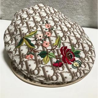 クリスチャンディオール(Christian Dior)のDiorディオール トロッター柄 レディース 刺繍ハンチングベレー(ハンチング/ベレー帽)