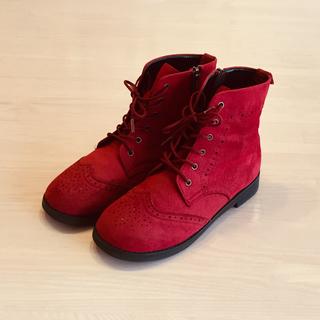 ファミリア(familiar)のみっちゃんさま専用☆ファミリア赤ブーツ(ブーツ)