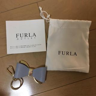 フルラ(Furla)のフルラ キーリング  チャーム リボン ブルー プレゼント(キーホルダー)