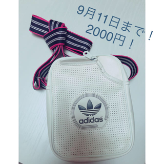 アディダス(adidas)のアディダスのカバン(ショルダーバッグ)