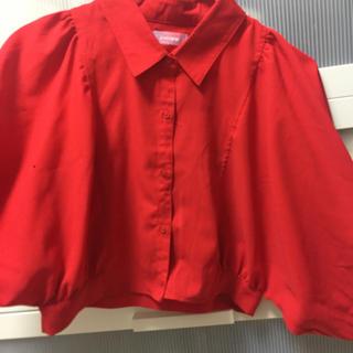 エリアーヌジジ(elianegigi)の赤 デザインシャツ(シャツ/ブラウス(長袖/七分))