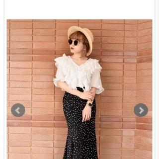 エーディージー(A.D.G)のCutwork Lace Frill White Blouse(シャツ/ブラウス(長袖/七分))