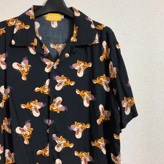 ディズニー(Disney)の美品 TOKYO DISNEY RESORT ティガー アロハシャツ (シャツ)