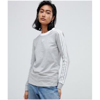 アディダス(adidas)のセール!新品☆adidas Originals グレー 長袖トップ♪(Tシャツ(長袖/七分))