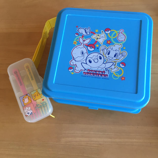 ポケモン(ポケモン)のポケモンのお弁当箱&フォーク セット(弁当用品)