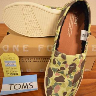 トムズ(TOMS)の新品! TOMS メンズスリッポン 箱無しならさらに安く!(スリッポン/モカシン)