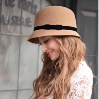 エミリアウィズ(EmiriaWiz)の【新品未使用】EmiriaWiz♥クロシェ帽(ベージュ)(ハット)