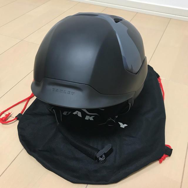 Oakley(オークリー)のヘルメット 自動車/バイクのバイク(ヘルメット/シールド)の商品写真