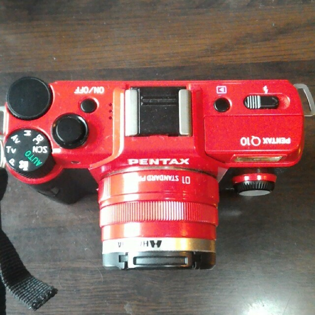 PENTAX(ペンタックス)のPENTAX Q10    ズームレンズキット+レンズ1本 デジタルカメラ スマホ/家電/カメラのカメラ(ミラーレス一眼)の商品写真