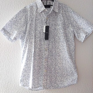 シマムラ(しまむら)の新品 しまむら メンズ 半袖♥️Mサイズ ユニクロ(シャツ)