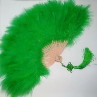 新品 特大羽扇子 ジュリアナ 大きな紐飾り付き 緑 (小道具)