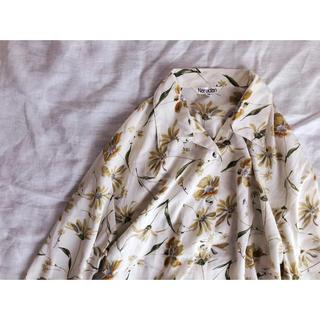 花柄の開襟シャツ(シャツ/ブラウス(長袖/七分))