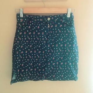 ロクロクガールズ(66girls)の花柄スカート #66girls(ミニスカート)