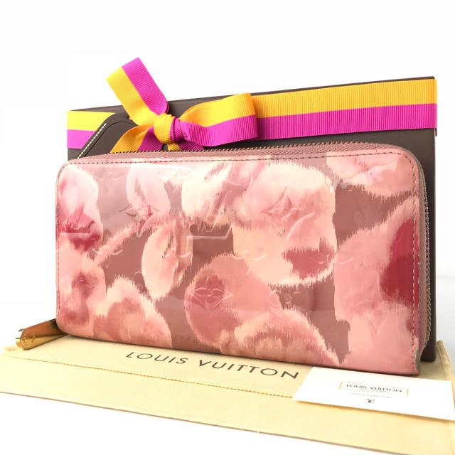 LOUIS VUITTON(ルイヴィトン)のルイヴィトン ジッピーウォレット ピンク 花柄 モノグラム 大人気