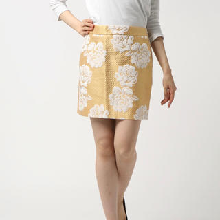ジェットセット(JET SET)のessential antwerp 花柄タイトスカート(ミニスカート)