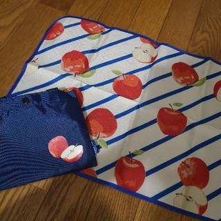 ニシマツヤ(西松屋)のオムツ替えシート hakka baby(おむつ替えマット)