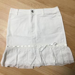 ジーエフ(GF)のホワイトデニムのミニスカート(ミニスカート)