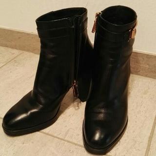 トッズ(TOD'S)のTOD'S ブーツ サイズ34 美品 ayanah1219様専用(ブーツ)