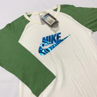 ナイキ(NIKE)の【新品】NIKE ロンT 白 緑 メタリック Mサイズ レディース(Tシャツ(長袖/七分))