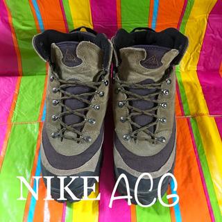 ナイキ(NIKE)のUSED NIKEナイキ ビンテージACGトレッキングシューズ26.5cm(ブーツ)