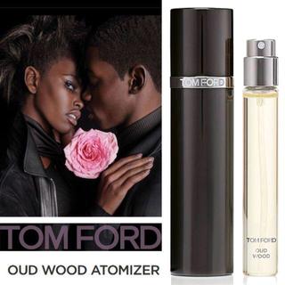 トムフォード(TOM FORD)の◆TOM FORD◆Oud Wood ウード・ウッド パルファム・アトマイザー(香水(男性用))