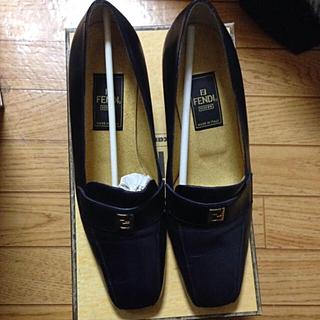 フェンディ(FENDI)のFENDI ローファー 再値下げ(ローファー/革靴)