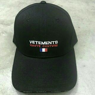 サンベットモン(saintvêtement (saintv・tement))のvetements キャップ ヴェトモン 帽子(キャップ)