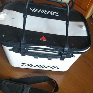 ダイワ(DAIWA)のDAIWA・40cm バッカン・肩掛けベルト付です。(その他)