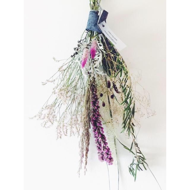 シャロンケイトウ ワレモコウ スターチスのロングスワッグ ハンドメイドのフラワー/ガーデン(ドライフラワー)の商品写真