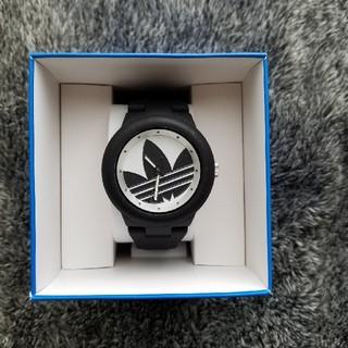 adidas - 【売り切り価格】adidas 黒×白