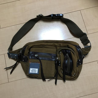 ディバイス(device.)の DEVICE [デバイス] マディソン 2P ヒップバッグ(ボディーバッグ)