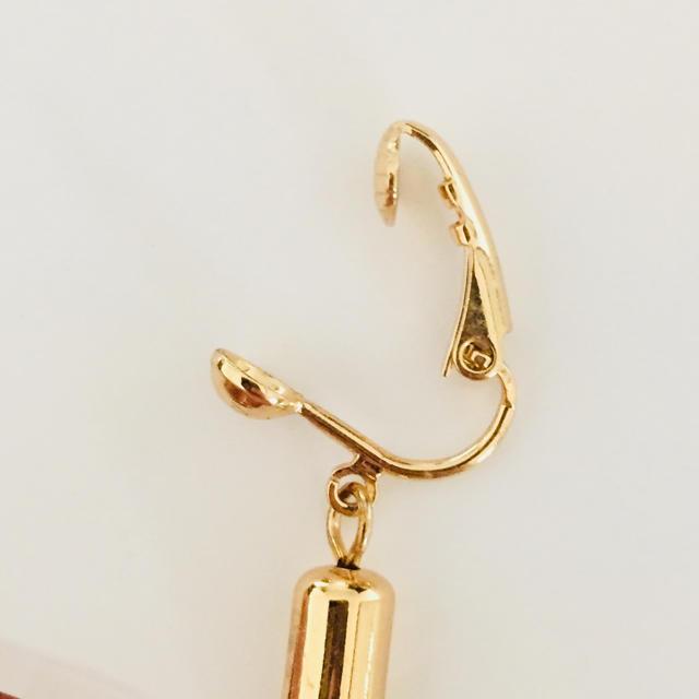 GU(ジーユー)の【新品未使用】タッセルイヤリング  ゴールド レディースのアクセサリー(イヤリング)の商品写真
