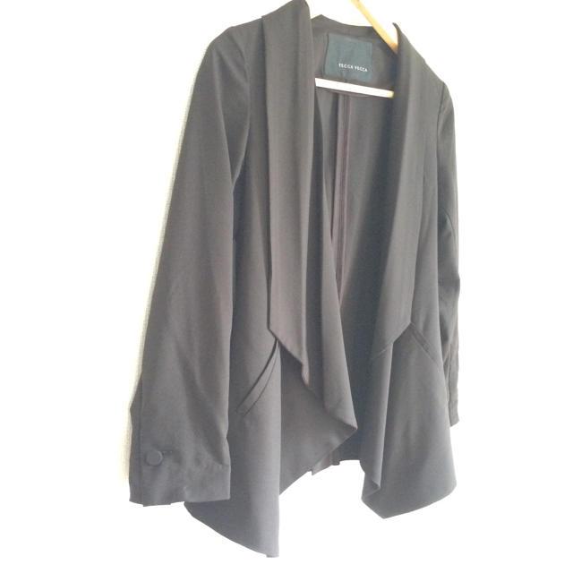 YECCA VECCA(イェッカヴェッカ)のジャケット レディースのジャケット/アウター(ノーカラージャケット)の商品写真